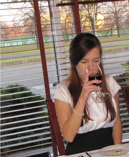 honorata_szatkiewicz_wino