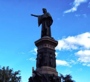 Pomnik zadedykowany Dante Alighieri w centrum miasta