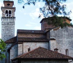 Widok na kościół św. Wawrzyńca w Trento