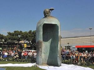 statua_papa_giovannipaoloii