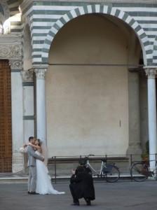 calujaca_sie_mloda_para_i_fotograf_moja_toskania_pistoia